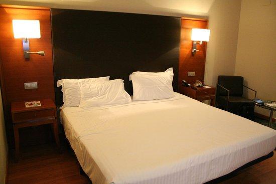 AC Hotel Almeria : room