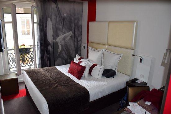 Grand Hotel Saint-Michel: Bedroom 402