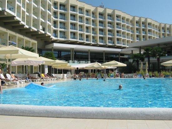 Hotel Laguna Materada: zwembad