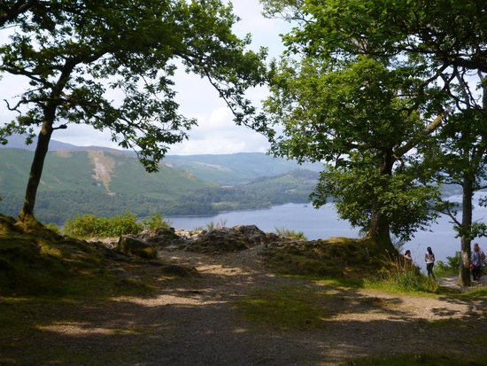 Mountain Goat Tours: A fantastic view over Derwent Water during Ten Lakes Tour