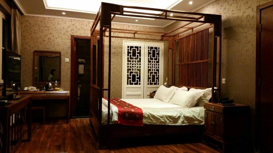Traditional View Hotel: Bedroom