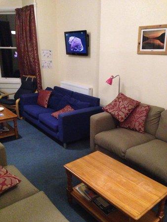 Great Glen Hostel: TV area