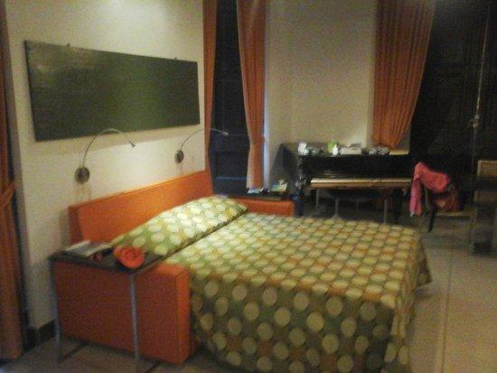 Residenza Pizzofalcone : Habitacion