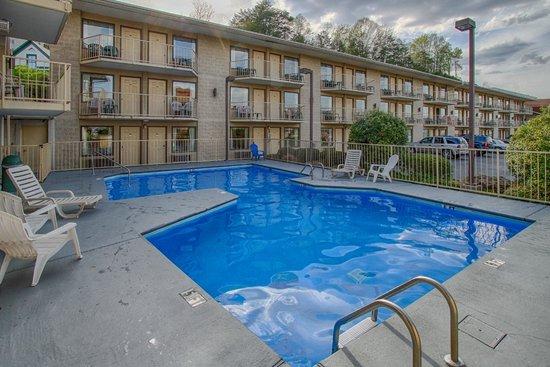 Vacation Lodge Motel Photo
