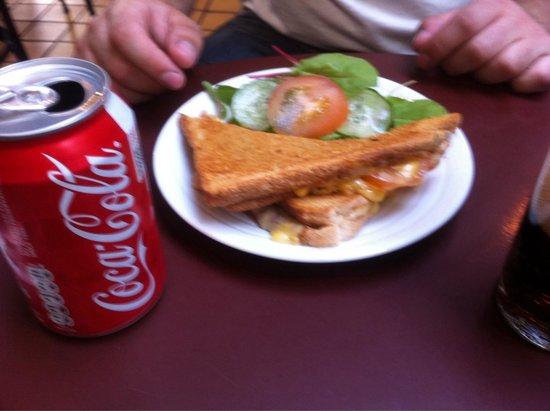 Yesterday's World: Cheese toastie