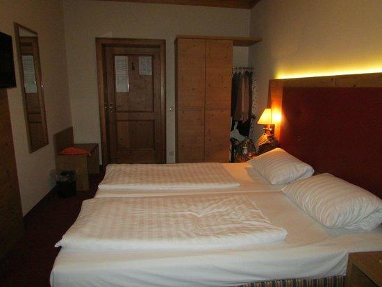 Hotel Eder : Room