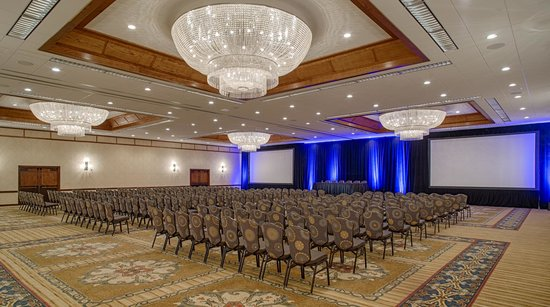 Crowne Plaza Phoenix - Chandler Golf Resort: Ballroom