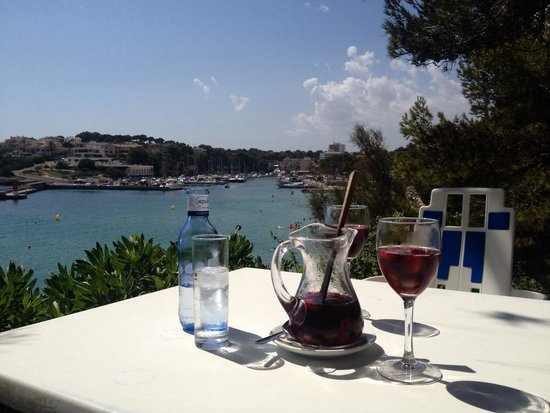 Restaurante Flamingo : Sangria & seaviews!