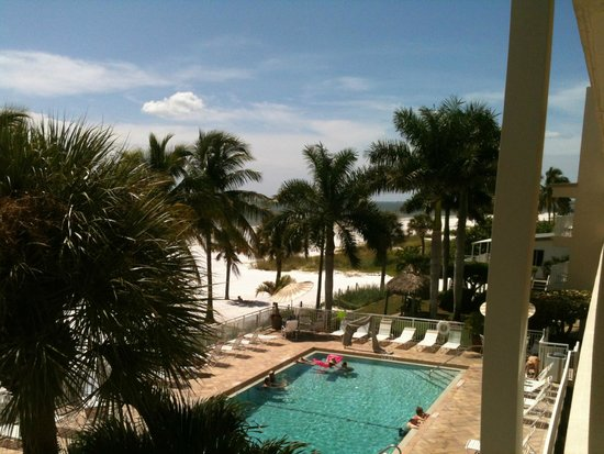 Best Western Plus Beach Resort : View from our balcony, room 309