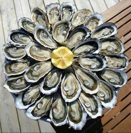 """Creon, فرنسا: Les huîtres """"perles"""" de joël Dupuch."""