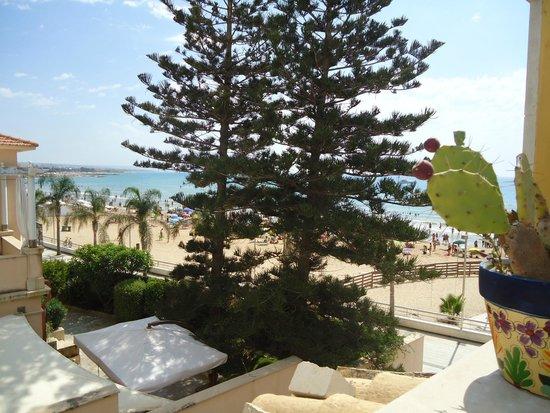 B&B Molo di Levante: Vista mare dal terrazzino
