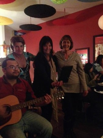 La Thai: Sing along with Tou our Chef
