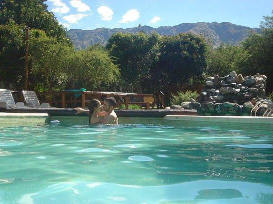 Rincon de los Troncos: Hermosa piscina con lvista a las sierras