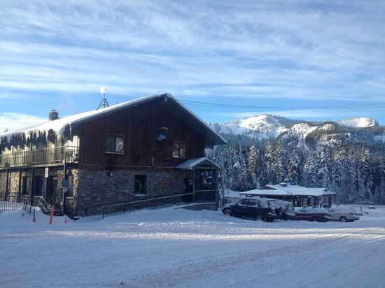 Mt Hood Brewing Co Beautiful Snowy Day At