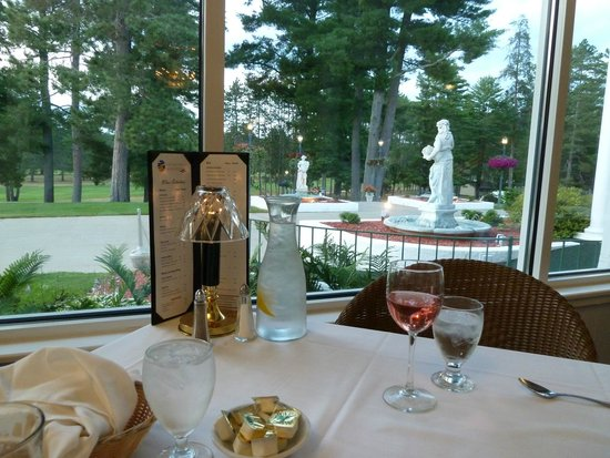 The Four Seasons Island Resort : View from dining room