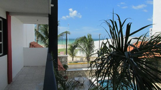 Progreso Beach Hotel: View from the outside balcony from room.