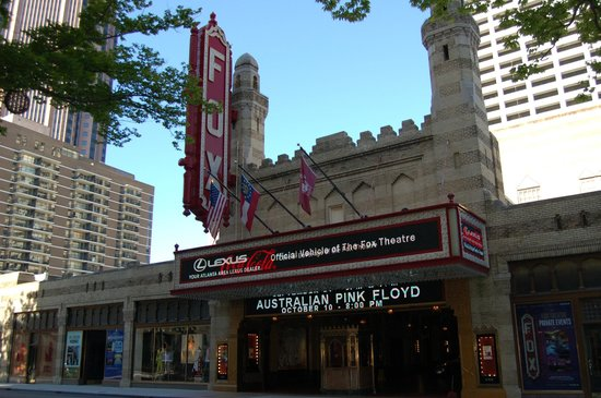 Fox Theatre: Outside the theater