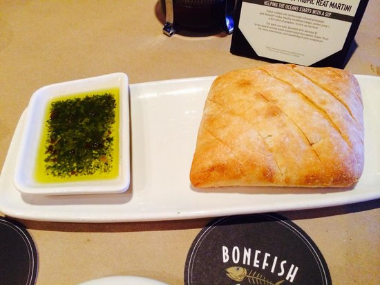 Bonefish Grill: Fresh crusty bread with seasoned olive oil dip