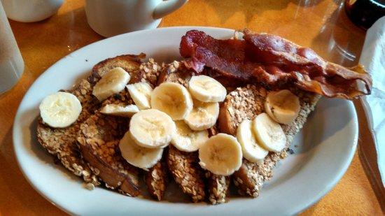 Bright Morning Breakfast: Banana Dream French Toast