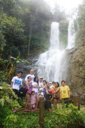 Blue Crystal Beach Resort: Family pic at Tamaraw Falls