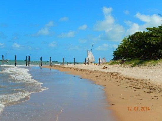 Cumuruxatiba Beach: Praia de Cumuru