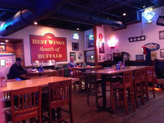 Anderson, SC: Inside seating area with lots of TVs