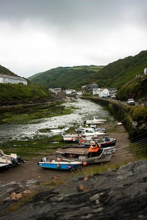 Boscastle Visitors Centre : Bostcastle harbor