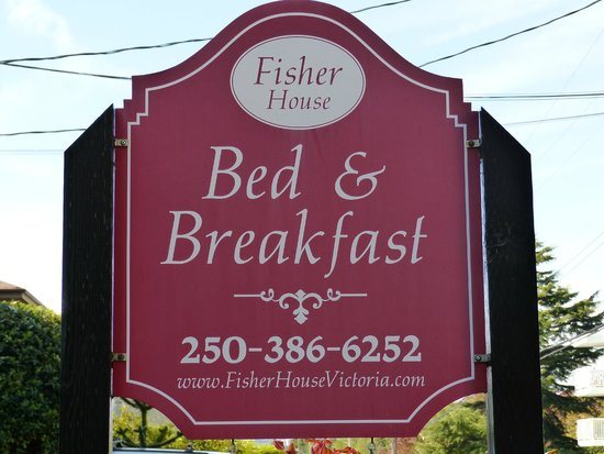 "Fisher House Bed and Breakfast: The Friendly ""I am heer"" Sign."