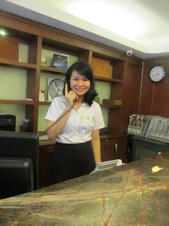 Hanoi Charming 2 Hotel: Personal service with a smile