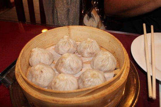 Shanghai Gourmet : soup dumplings