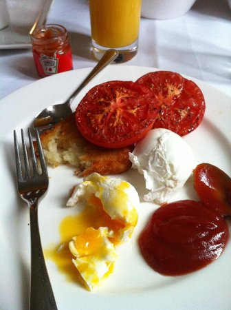 Taj 51 Buckingham Gate Suites and Residences: In Room Breakfast - poached eggs
