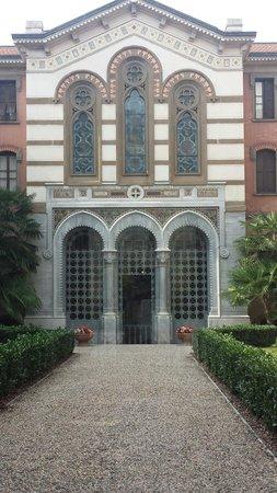 Cortile interno foto di casa di riposo per musicisti for Casa di riposo milano