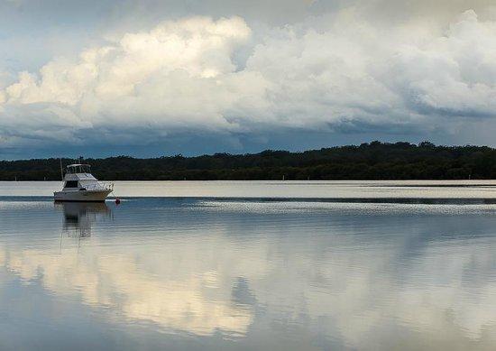 BIG4 Koala Shores Port Stephens Holiday Park : the passage before a storm hit.