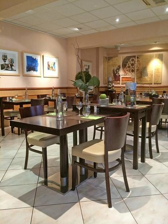 Hotel du Midi : la salle du restaurant