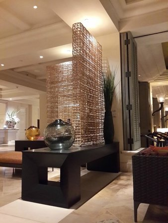 Four Seasons: lounge