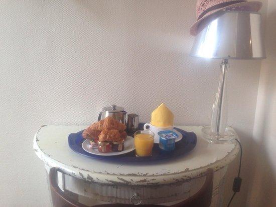 Hotel La Porte Dijeaux : Breakfast