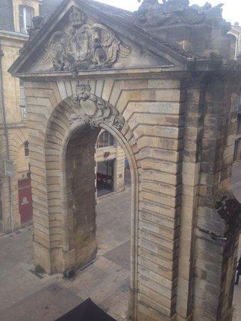 Hotel La Porte Dijeaux : Balcony view