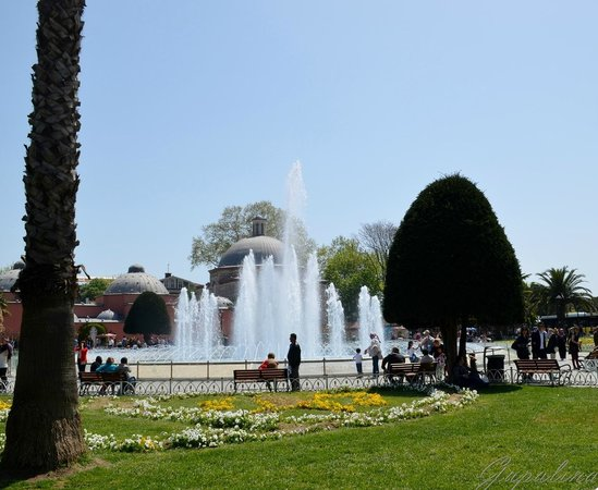 Фонтан. - Picture of Hippodrome (At Meydani), Istanbul ...