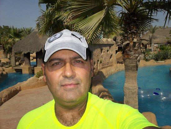 Lost Paradise of Dilmun Water Park: Selfie time