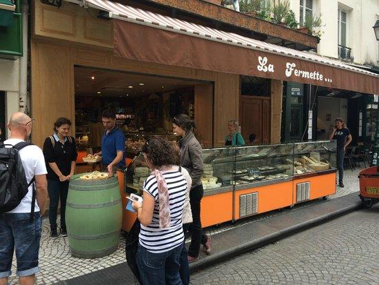 Paris Urban Adventures: our kerbside cheese tasting in a foodie street in Marais
