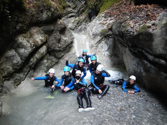 Mountacala Annecy: Canyoning Annecy Montmin