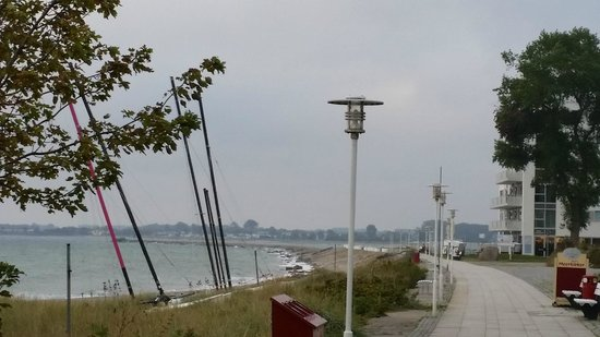 Hotel am Wind: Uitzicht voor het Hotel over de Boulevard