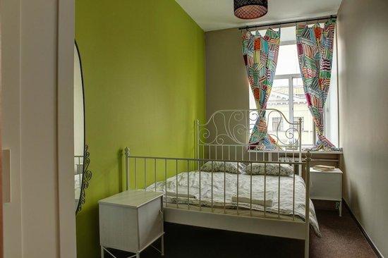 Mir Hostel Nevskiy: Double Room with the Shared Bathroom
