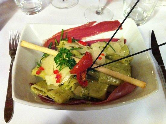 MOMENTO SAPORI E VINI : Assiette de pâtes