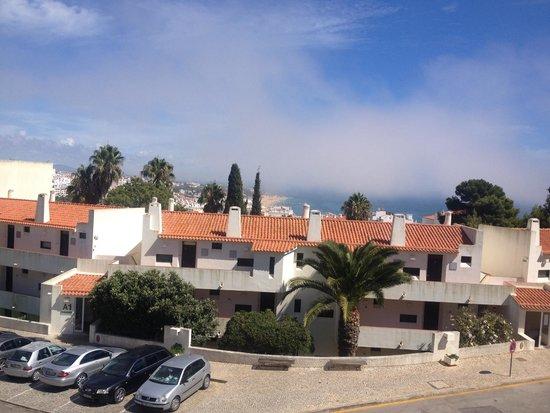 Albufeira Jardim - Apartamentos Turisticos: View from pool area