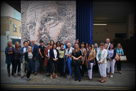 London Graffiti Tours: In front of a Vhils sand-blasted street art