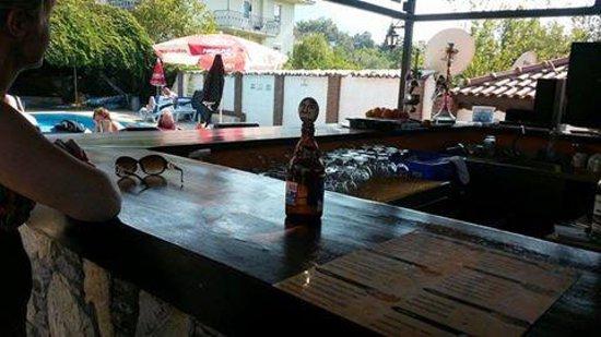 Salhan Apart Inn: Salhan bar