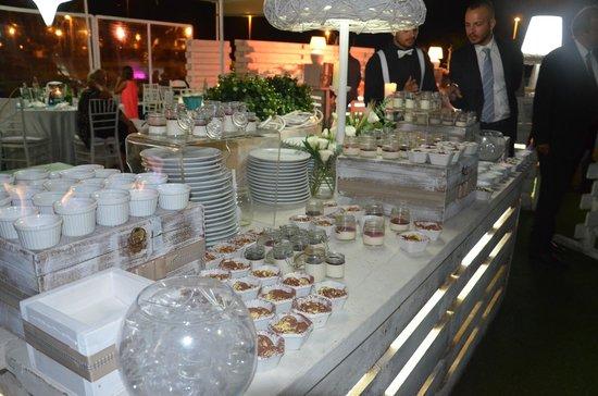 Mamaflo' Restaurant : il nostro buffet dolci....