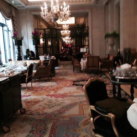 Four Seasons Hotel George V : Salón de te