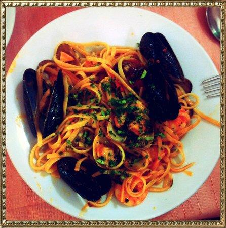 Da Tito al Venezia Restaurant: linguine allo scoglio